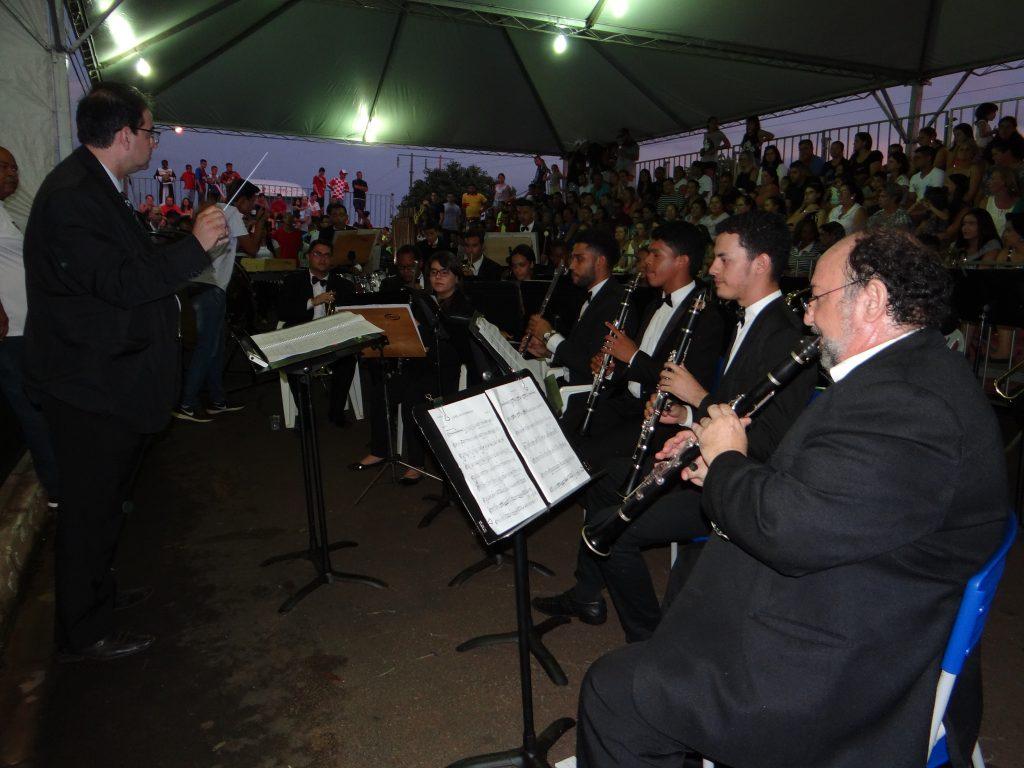Banda Sinfônica de Serrana fez apresentação especial durante o evento (Foto: Antônio Carlos)